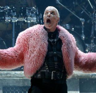 Vocalista de Rammstein en la polémica por llevar a una esclava sexual al lanzamiento de su libro