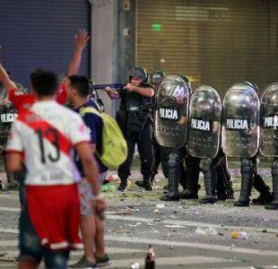 Buenos Aires: Policía desaloja festejos violentos de hinchas de River
