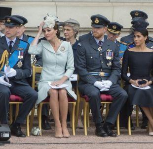 Desde la reina a Meghan: ¿Por qué en la realeza británica siempre usan el mismo zapato?
