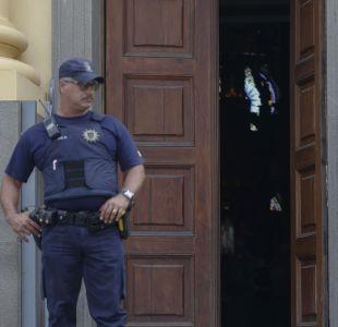 [VIDEO] Cámaras de seguridad captan momento donde brasileño dispara en una iglesia