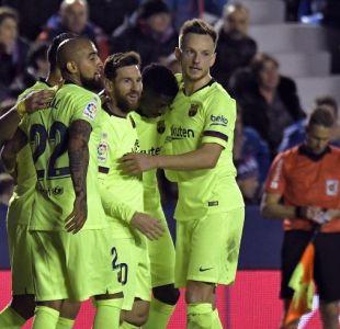 [VIDEO] La generosa asistencia de Arturo Vidal para el triplete de Lionel Messi