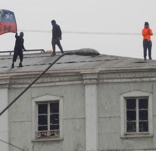 Valparaíso: manifestaciones de portuarios provocan cortes de tránsito