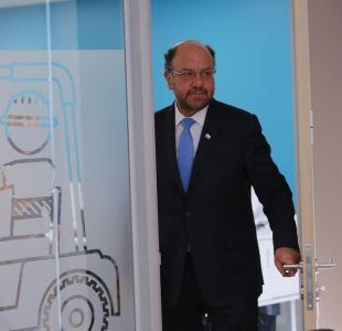 Ministro Alfredo Moreno se reunió con el padre de Camilo Catrillanca
