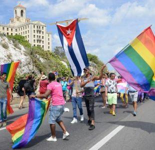 Cuba deja fuera de su nueva constitución el matrimonio homosexual