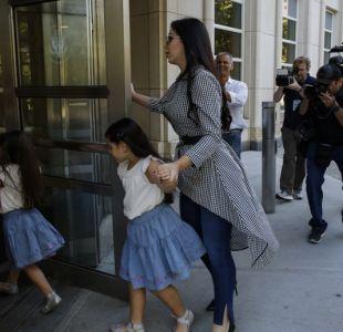 La reacción de El Chapo Guzmán al ver a sus hijas por primera vez desde que se inicio su juicio