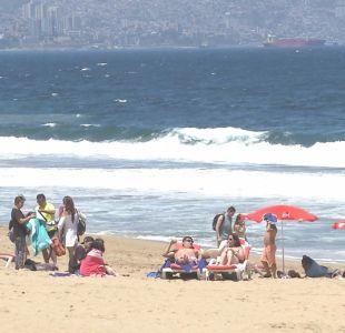 [VIDEO] Argentinos repletan playas de Viña