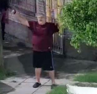 [VIDEO] Argentina: Detienen a un hombre que celebró el Año Nuevo disparando con armas