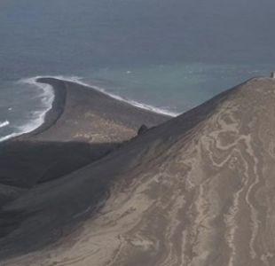 """[FOTOS] Así es la """"isla más joven del mundo"""" que está prohibida para casi todas las personas"""