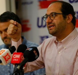 """UDI por visita de Bachelet a Venezuela: """"Esperamos que vea debajo de la alfombra"""""""