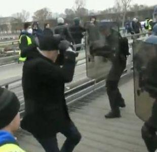 Arrestan al ex boxeador que golpeó a policías en París