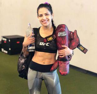 [VIDEO] Quiso robarle el celular a una luchadora de UFC y así terminó