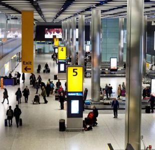 Suspenden vuelos del principal aeropuerto londinense por la presencia de un dron