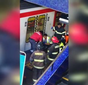 [VIDEO] Hombre quedó atrapado entre vagón y andén en el Metro