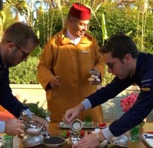 [VIDEO] ¿Quién es mejor haciendo té marroquí? Desafío  pone a prueba a dos pilotos de la Fórmula E