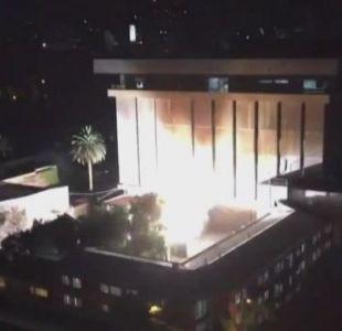 [VIDEO] Bomberos controla amago de incendio eléctrico en oficinas centrales del Metro de Santiago