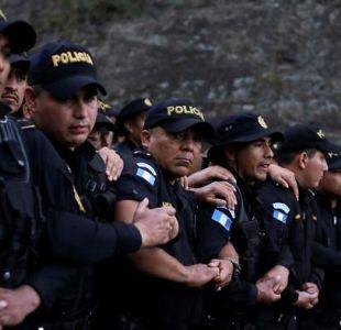 Nueva caravana de migrantes hondureños cruza la frontera guatemalteca