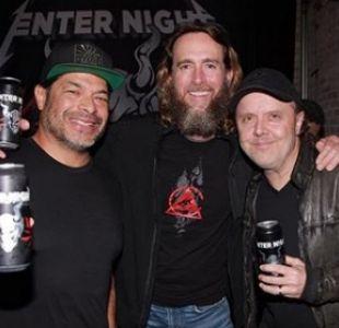 [FOTO] Metallica lanza oficialmente su propia marca de cerveza