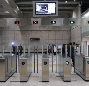 """Piñera anuncia """"Línea Cero"""" en todas las estaciones del Metro de Santiago"""