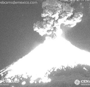 [VIDEO] Registran erupción del volcán Popocatépetl en México