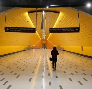 Denuncian rayados en señalización de nueva Línea 3 del Metro