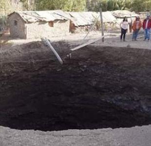 [VIDEO] Gran socavón de 12 metros de diámetro se traga una casa y 9 animales en Coquimbo