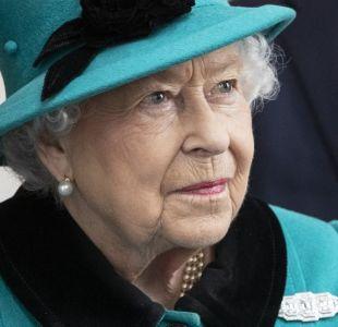 """Reina Isabel II pide buscar """"terreno común"""" en medio del Brexit"""