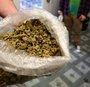 Fumar con las estrellas: el turismo del cannabis crece en California
