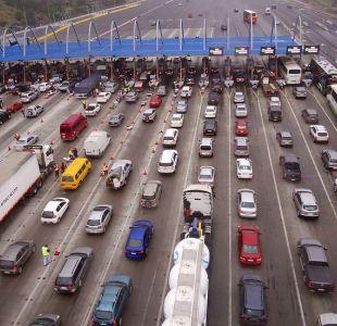 """Por primera vez: Gobierno decide indemnizar a autopistas por medidas como """"peaje a luca"""""""