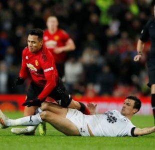 [VIDEO] Alexis aporta en remontada de Manchester United ante Burnley por la Premier League
