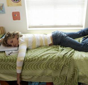 Por qué sí es posible aprender un idioma mientas duermes