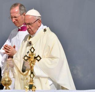 [FOTOS] Papa Francisco celebra misa en Emiratos Árabes Unidos ante 170.000 fieles