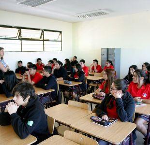 Estudio sobre Inglés: 7 de cada 10 alumnos de 3° medio no logran conocimiento de 8° básico