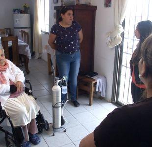 [VIDEO] Mujer vive atrapada en su propia casa