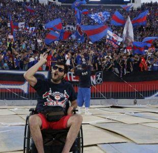 Hincha de la U en silla de ruedas denunció que no pudo ver partido por publicidad