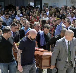 Miembros del Cardiff y el Nantes despidieron a Emiliano Sala