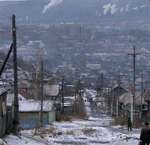 Qué es la extraña nieve negra que está cayendo en Siberia