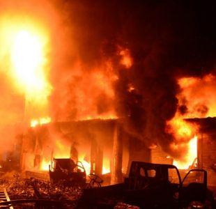 [FOTOS] Incendio deja al menos 70 muertos en edificios de la capital de Bangladés