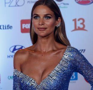 [FOTOS] El deslumbrante paso de Mayte Rodríguez por la alfombra roja de la Gala de Viña 2019