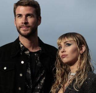 "[VIDEO] Miley Cyrus arremete con ""Slide Away"" para explicar quiebre con Liam Hemsworth"