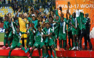 [VIDEO] Selección de Nigeria premiada y recibe la corona de campeón del Mundial Sub 17
