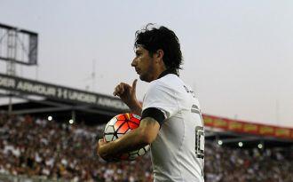 Cuadro febril tiene en duda presencia de Jaime Valdés para el duelo de Colo Colo ante Temuco