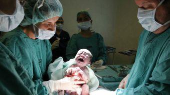 Un 80% de las chilenas sometidas a cesárea prefería haber tenido parto normal