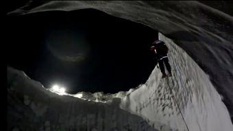 [VIDEO] Científicos exploran interior de misterioso cráter encontrado en Siberia