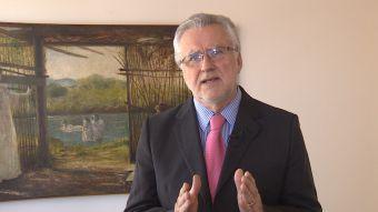 """[T13] Ministro de Energía por el tema del gas: """"Vamos a introducir disciplina en ese mercado"""""""