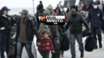 [VIDEO] #T13enunminuto: rescatan a 700 inmigrantes sirios desde el Mediterráneo y más noticias