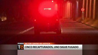 [T13 Noche] Un reo continúa prófugo tras emboscada a caravana de Gendarmería