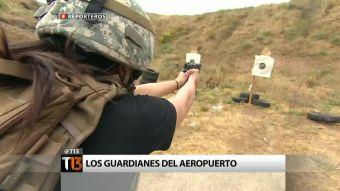 """[Reporteros] """"Los guardianes del aeropuerto"""" y su entrenamiento militar"""