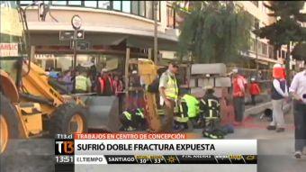 Mujer con riesgo de amputación en Concepción tras ser atropellada por retroexcavadora