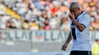 Humberto Suazo arriesga perderse el clásico ante Universidad de Chile