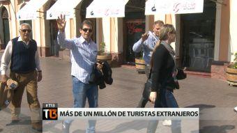 Turistas extranjeros en Chile: ¿Qué destinos eligieron y cuánto gastaron?